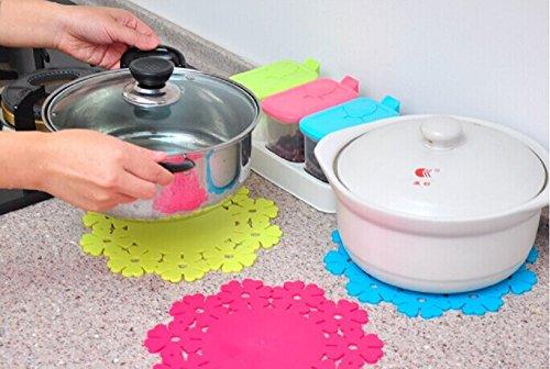 Silicone Pot Holders Trivet Mat Jar Opener Spoon Rest and Kitchen Trivet Non Slip Flexible Durable Heat Resistant Dishwasher Safe Kitchen Trivet and Pot Pads (5 pcs)