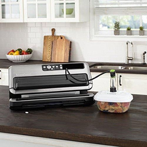 FoodSaver FM5480 2-in-1 Food Preservation System BlackSilver