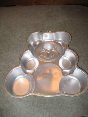 Wilton Collectible Huggable Teddy Bear Cake Pan 2105-3754
