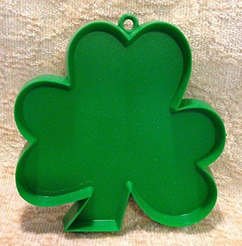 Hallmark St Patricks Day SHAMROCK COOKIE CUTTER Green St Pats Paddys Vintage 1970s