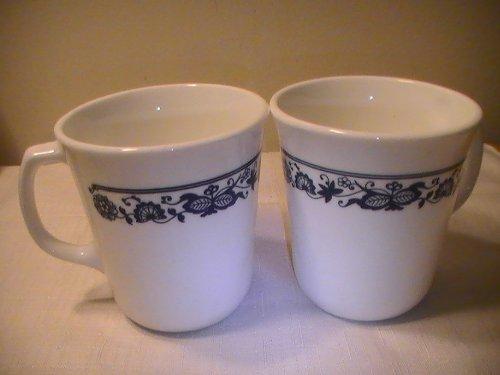 Vintage Corning Corelle Old Town Blue Onion Mugs - Set of 4