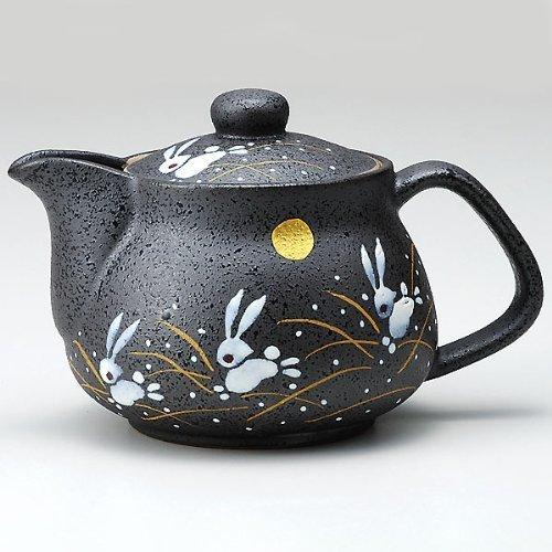 I rabbit Kutani pottery teapot pot with tea strainer