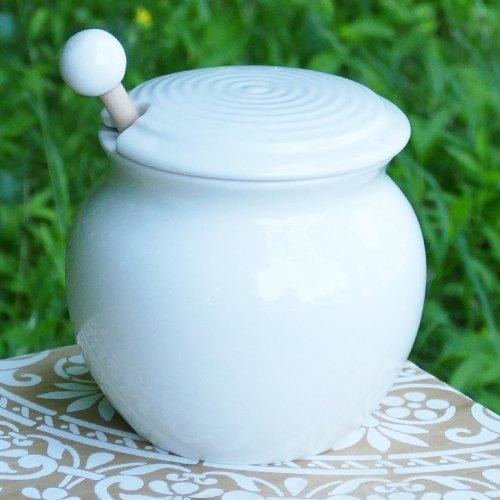 Cottage Creek Honey Dispenser Porcelain Honey Jar With LidWooden Dipper Included With Honey Pot Holds 15 Ounces Of Honey White