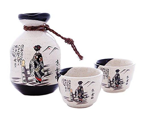 JAPANESE SAKE SETS BOTTLE and 2PCS SAKE CUPS KIMONO GIRL